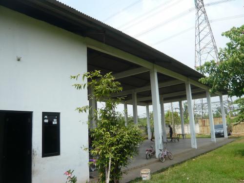 Disewakan gudang daerah Ciledug, Desa Pinang, Kampung Ambon (ada 3 ...
