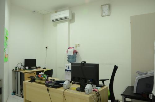 Kantor 5 Lantai di Jalan Pembangunan – Gajah Mada Jakarta Pusat