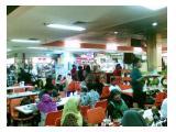 Foodcourt selalu ramai pengunjung